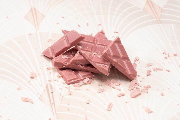 Ruby käsintehty suklaa oulu chocosomnia